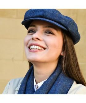 Set Sapca Dama Model Gavroche Cu Fular Carou Albastru si Bej - Colectia Ralitza Luxury